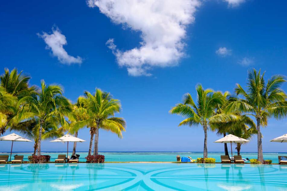 Eine Hotelanlage auf Mauritius: Sieben Wochen verbrachte der Hartz-IV-Empfänger auf der Trauminsel. (Symbolbild)