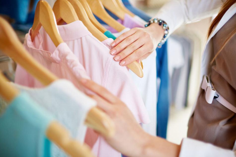 Rund 1800 Beschäftigte arbeiteten zuletzt in den Filialen der Modekette. (Symbolbild)