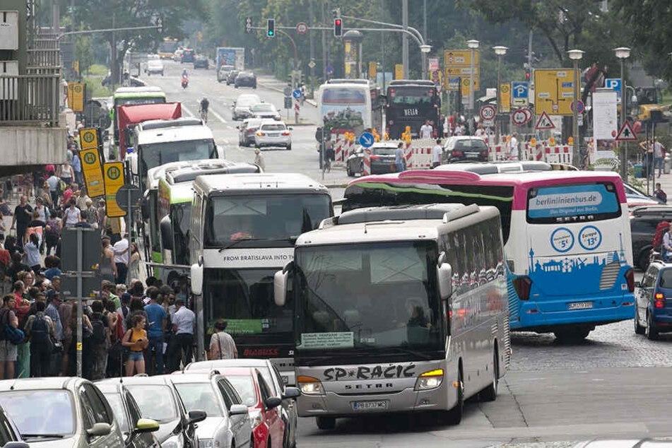 Momentan ist der Fernbus-Halt an der Bayrischen Straße eine Notlösung.