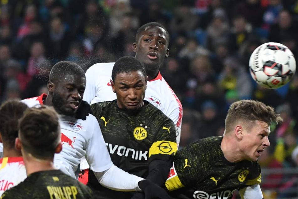 Vorbilder Dayot Upamecano(l.) und Ibrahima Konaté: Die beiden Verteidiger konnten sich in Leipzig auf absolutes Topniveau entwickeln.