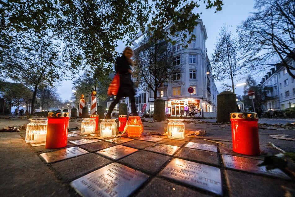 """Grindel leuchtet"": Hamburger erinnern an Opfer des Holocaust"