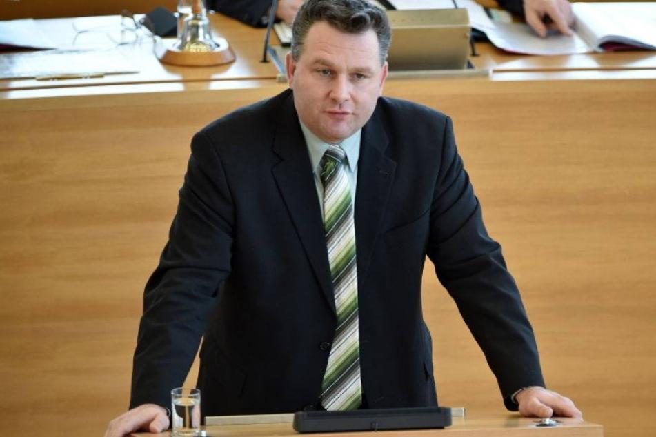 CDU-Politiker und Polizist blau am Steuer!
