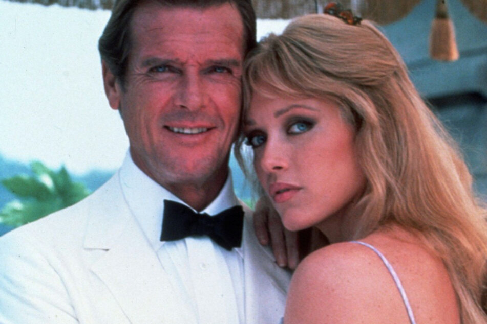 Neben Roger Moore (†89) erlangte Tanya Roberts (heute 65) als Bond-Girl weltweite Bekanntheit.