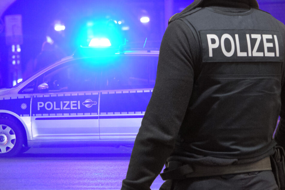 In Fulda wurde die Polizei gleich zwei Mal wegen ein und derselben Corona-Party alarmiert (Symbolbild).