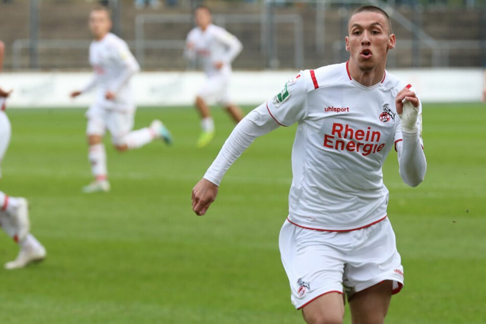 Der Offensivspieler Darko Churlinov in Action.
