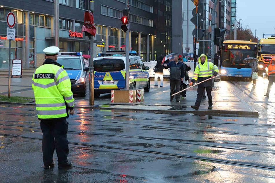 Im Bereich der Zentralhaltestelle am Moritzhof kam es am Montagmorgen zu einem schweren Straßenbahnunfall.