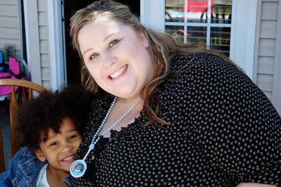 Noelle Dawson mit ihrer Adoptivtochter.
