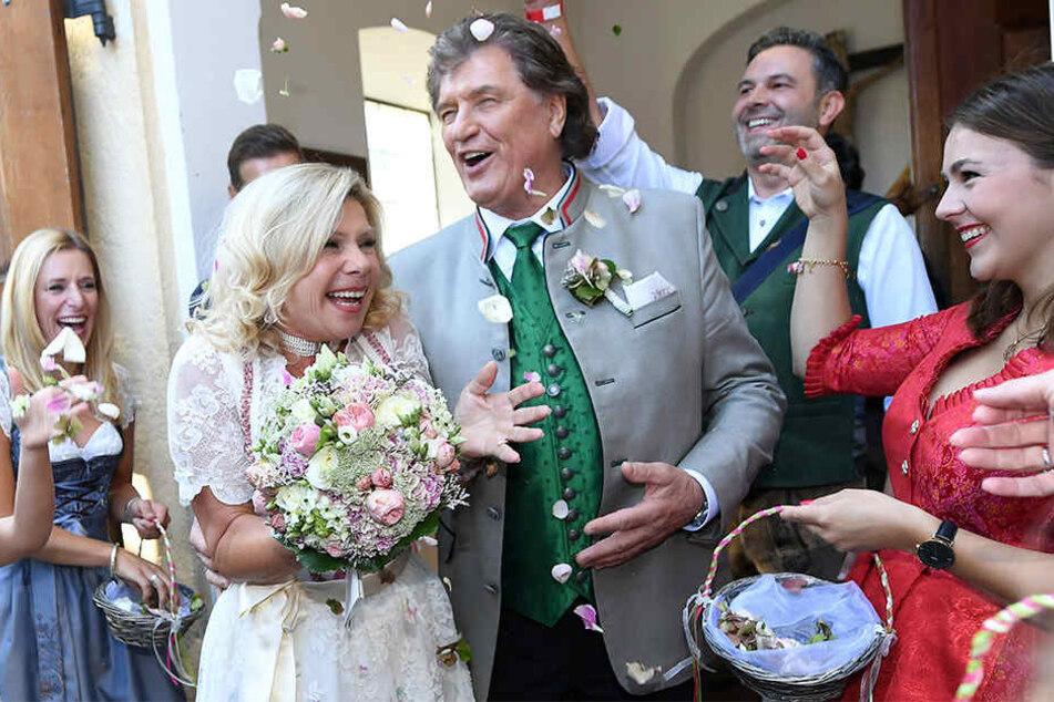 37 Jahre nach der standesamtlichen Hochzeit heirateten sie nun kirchlich.