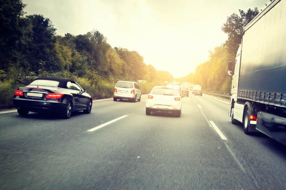 Schreck auf der Autobahn: Zwei hörgeschädigte Kinder wollten zu Fuß nach Köln!