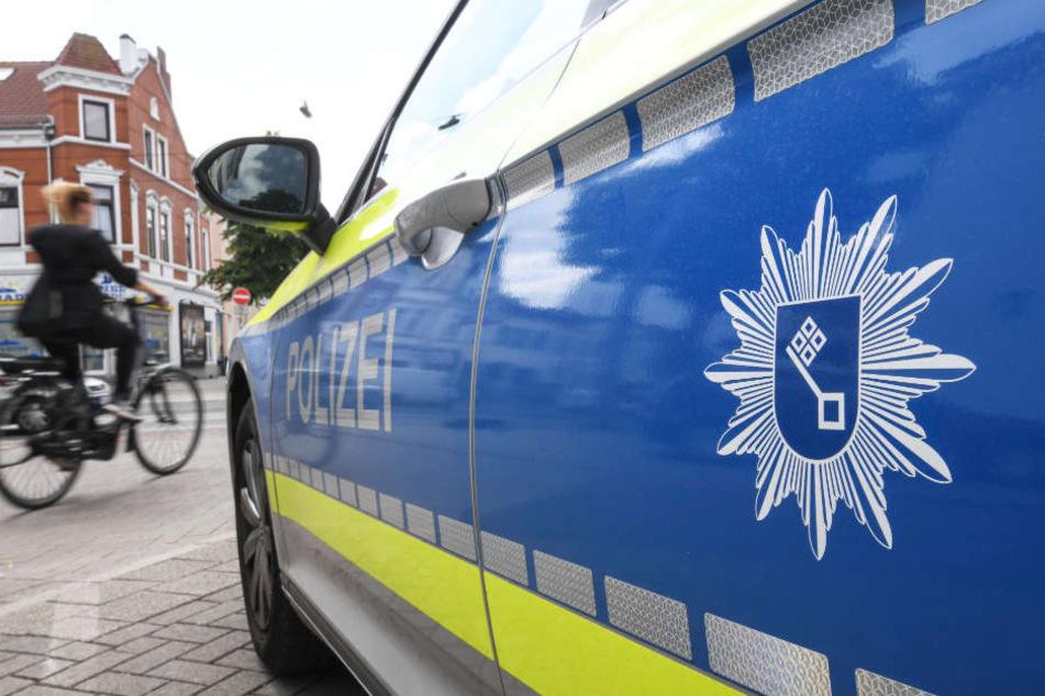 Die Bremer Polizei musste viele Beamte einsetzen, um die Situation in den Griff zu bekommen (Symbolbild).