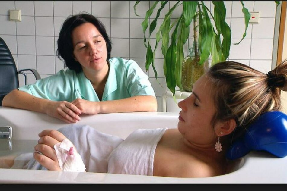 """Die RTL2-Doku: """"Die Babystation"""" begleitet Mütter auf dem Weg zur Geburt ihres Babys."""