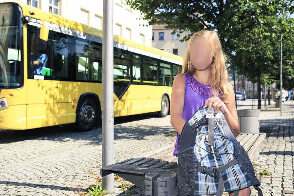Dem Mädchen wurde das Handy im Wert von 100 Euro geklaut. (Symbolbild)