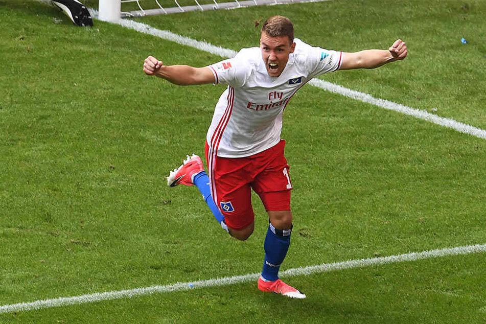 Wird vermutlich bald seine Tore für den SC Freiburg bejubeln: HSV-Spieler Luca Waldschmidt.