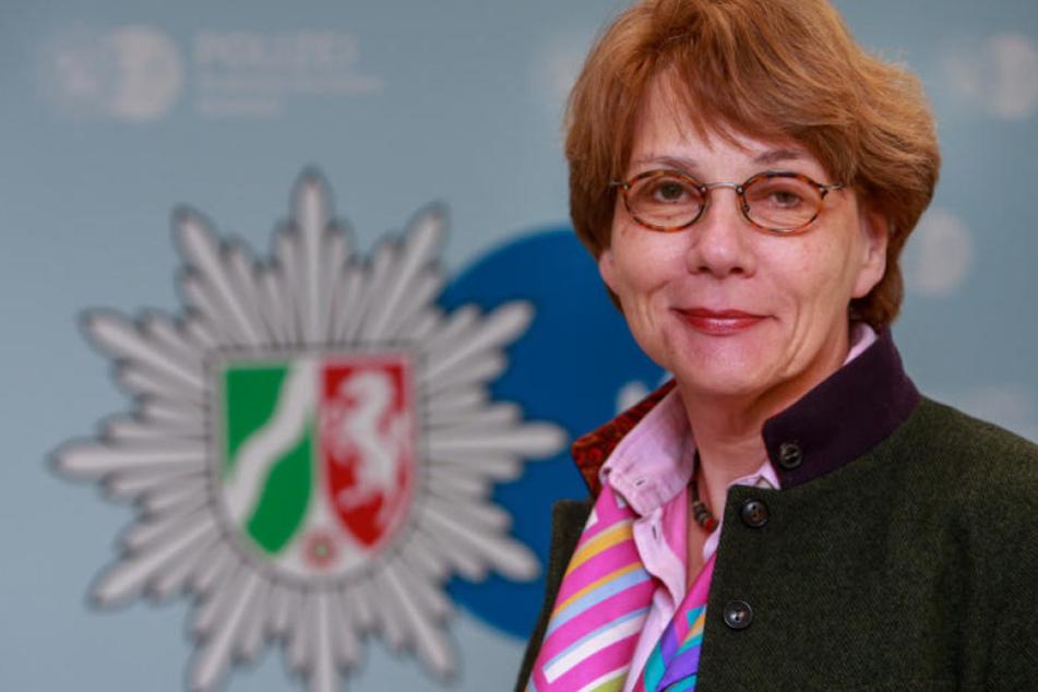 Polizeipräsidentin Katharina Giere stellte konkrete Zahlen über Kriminalität an Bielefelds Brennpunkten vor.