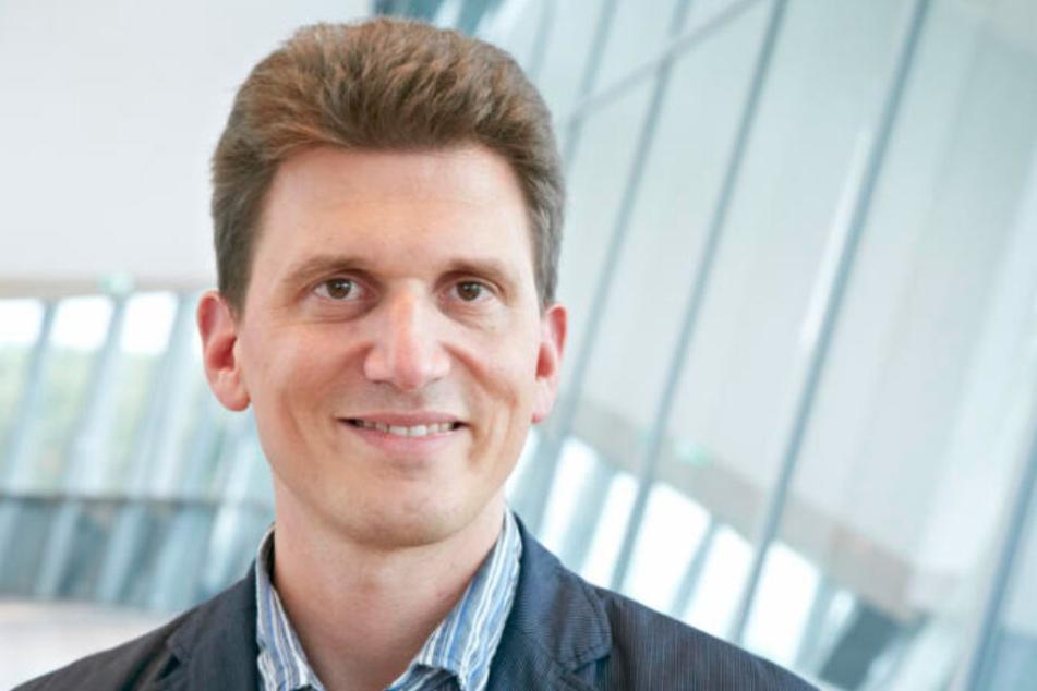 """Alexander Dalpke (48), Chef-Virologe des Dresdner Uniklinikums, hält Einzelfälle in Sachsen für """"nicht unwahrscheinlich""""."""