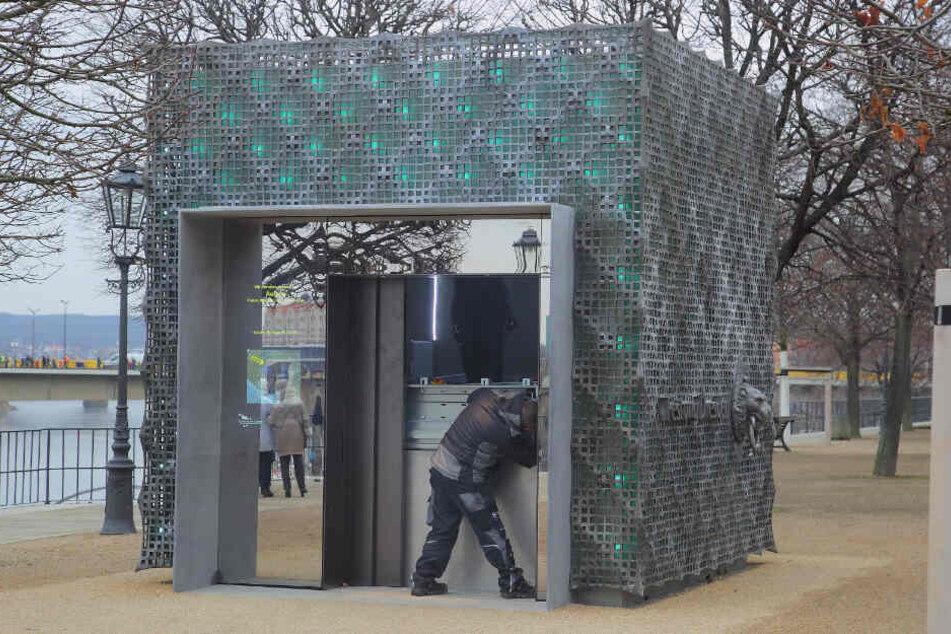 Dresden: Festung Dresden: Neuer Fahrstuhl ist schon wieder kaputt!