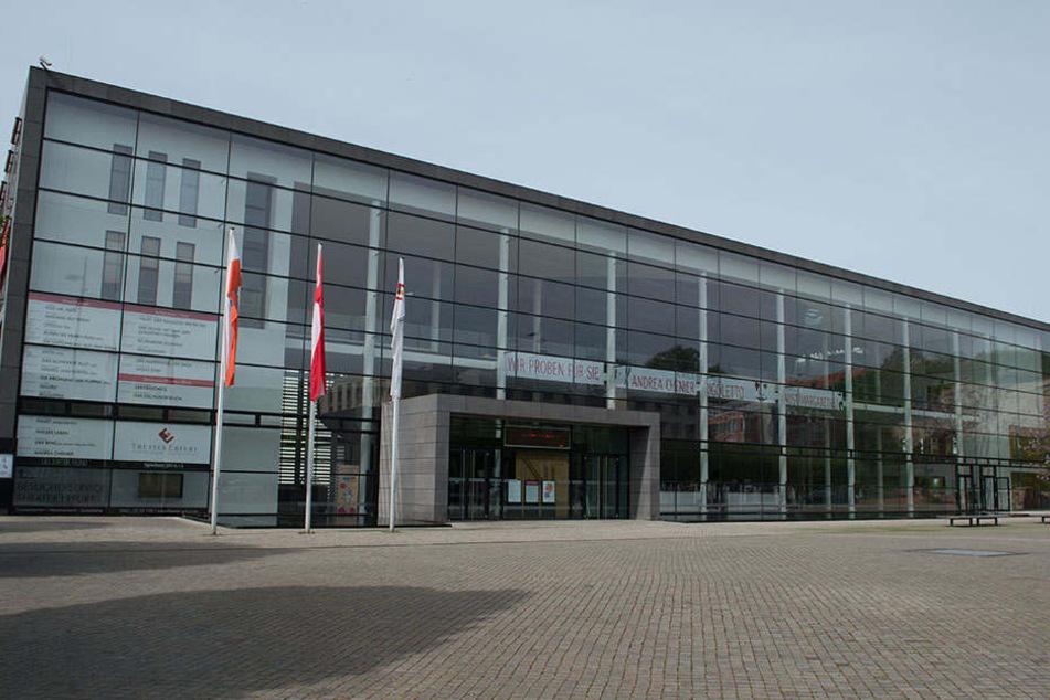 Erst 2003 wurde der Theater-Neubau in Erfurt eröffnet.