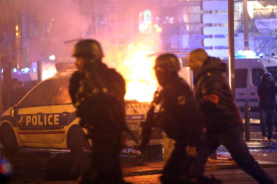"""Seit Wochen protestieren die """"Gelbwesten"""", unter anderem mit gewaltsamen Aktionen."""