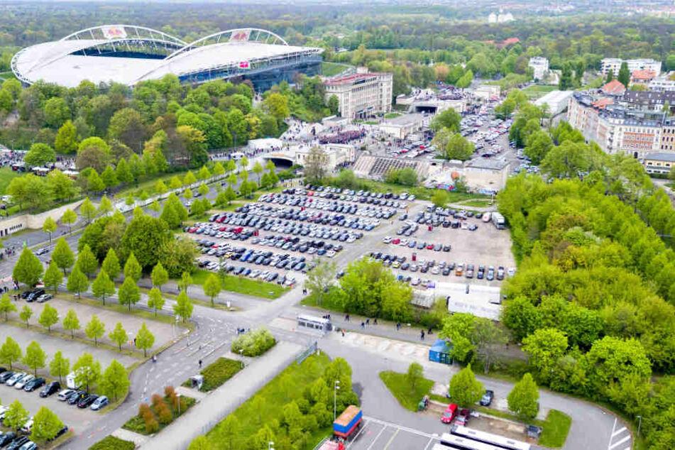 Vor allem bei Großevents, wie Fußballspielen im Stadion, ist die Parkplatzsuche für Anwohner fast hoffnungslos.