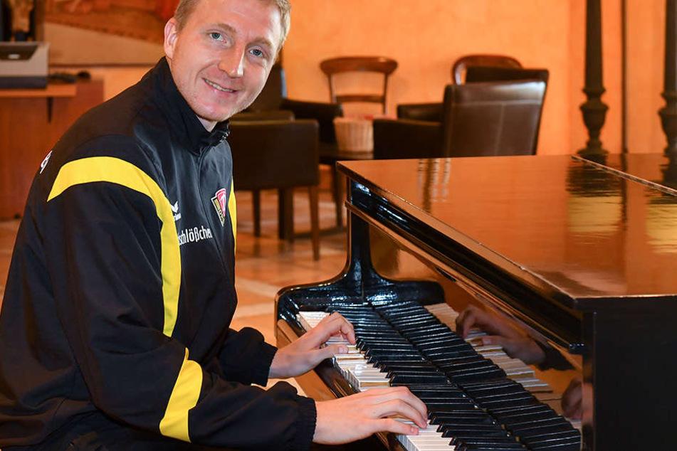 Marco Hartmann gibt nicht nur am Klavier, sondern generell bei Dynamo den Ton an.