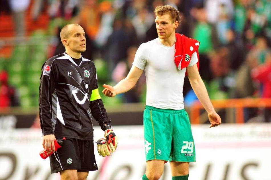 Robert Enke (†32, li.) und Per Mertesacker spielten gemeinsam bei Hannover96.