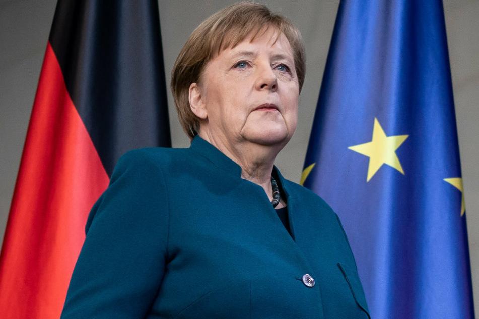 undeskanzlerin Angela Merkel (CDU), kommt zu einer Pressekonferenz nach einer Telefonkonferenz mit den Ministerpräsidenten der Länder über weitere Maßnahmen gegen die Ausbreitung des Coronavirus.