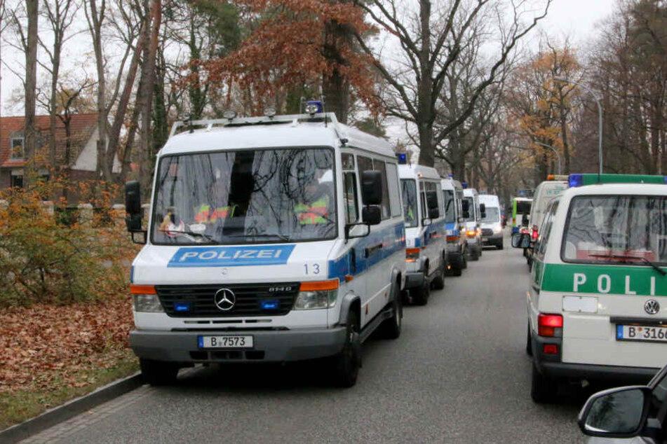 Am Donnerstagvormittag durchsuchte die Polizei das Anwesen des 42-Jährigen in Kleinmachnow.