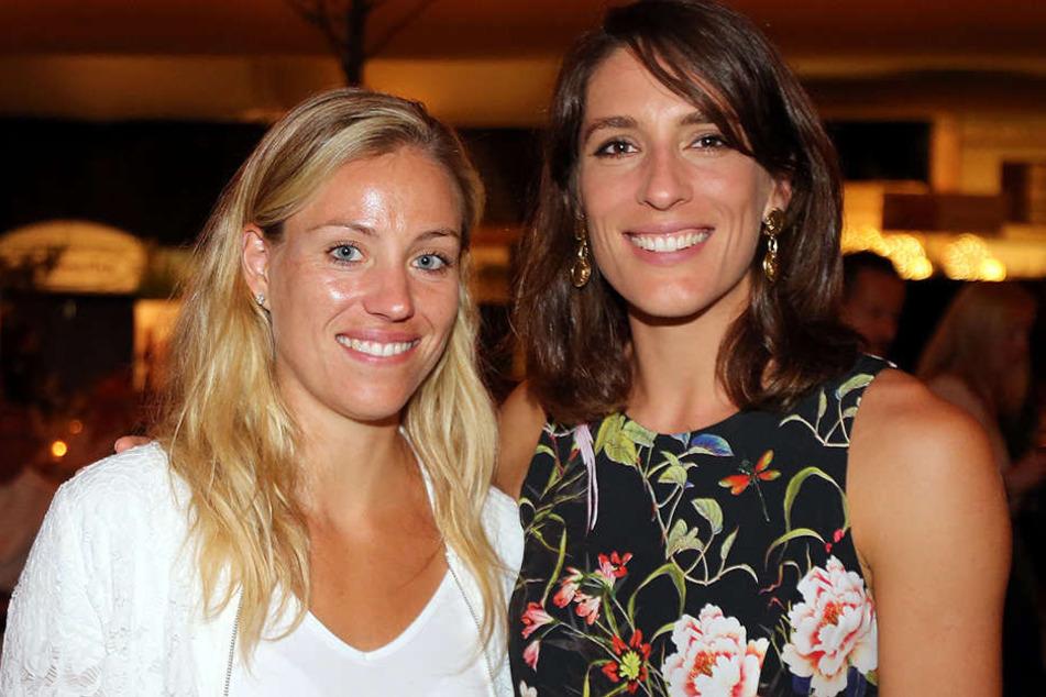 Zwei Freundinnen bei der Geburtstagsfeier der GERRY WEBER OPEN: Angelique Kerber (li.) und Andrea Petkovic.