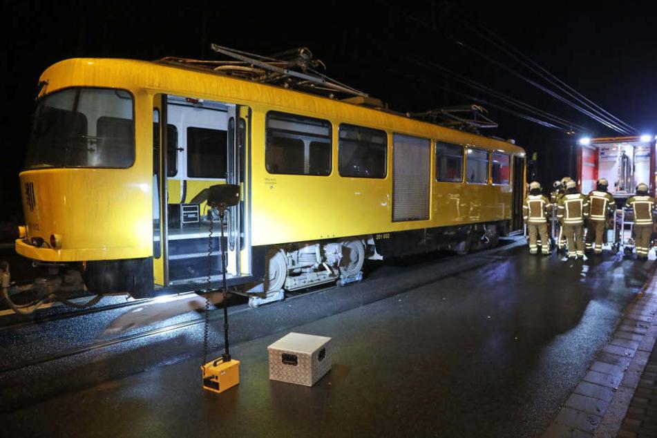 Bautzner Straße dicht, weil Tatrabahn liegen bleibt