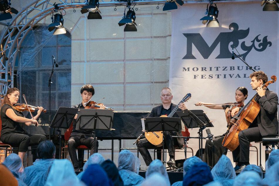 Der Regen spielte mit! Moritzburg Festival: Das etwas andere Eröffnungskonzert