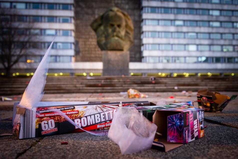 """Verboten: Feuerwerk am """"Nischl"""" in Chemnitz war vergangenes Jahr. 2020 gilt auch hier ein Verbot für Raketen."""