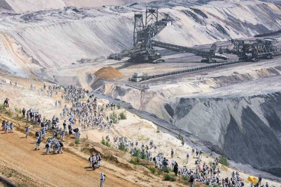Aktivisten am Tagebau Garzweiler.