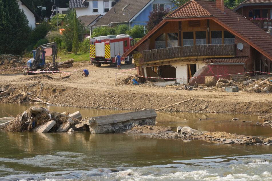 Flutkatastrophe in Deutschland: Waren Hilfskräfte erst nach fünf Tagen vor Ort?
