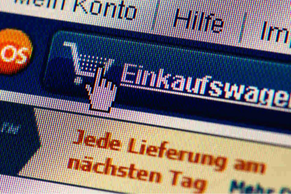 Er kaufte mit fremden Daten online ein: 26-Jähriger gesteht Computer-Betrug