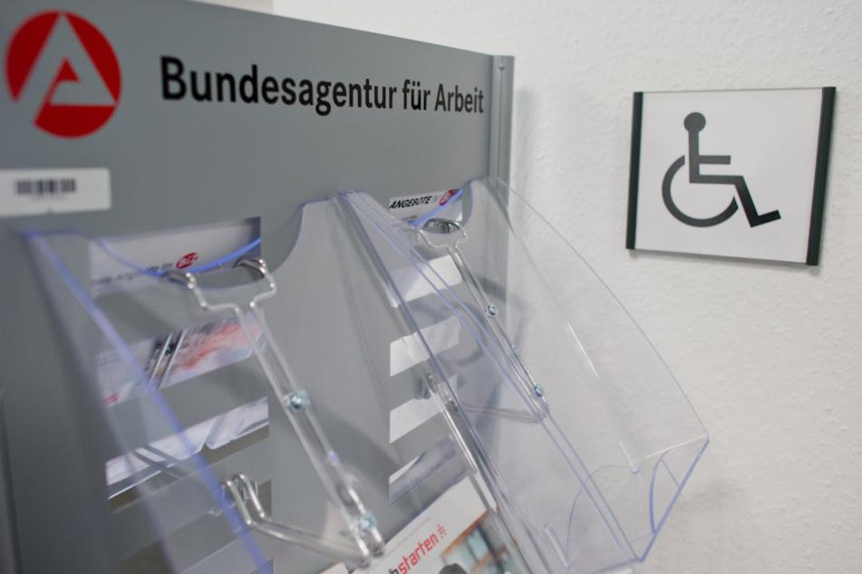Experten wollen Menschen mit Behinderung besser in den Arbeitsmarkt integrieren.