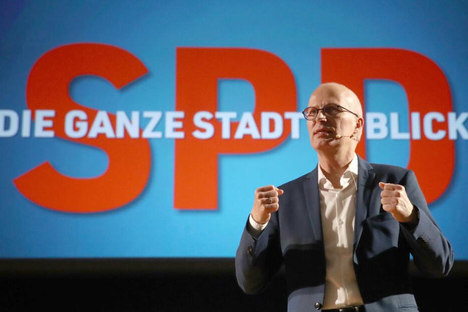 Bürgermeister Peter Tschentscher (SPD) spricht beim Wahlkampfauftakt der SPD Hamburg für die Bürgerschaftswahl.