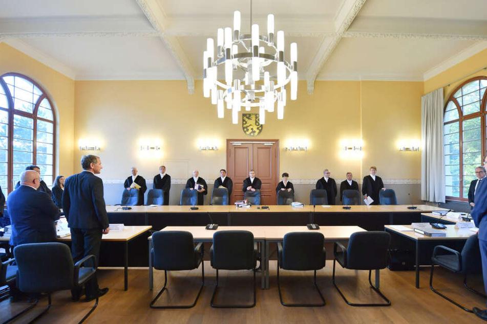 Die Richter werden zunächst verhandeln, ob die Klage beim Verfassungsgericht richtig ist.