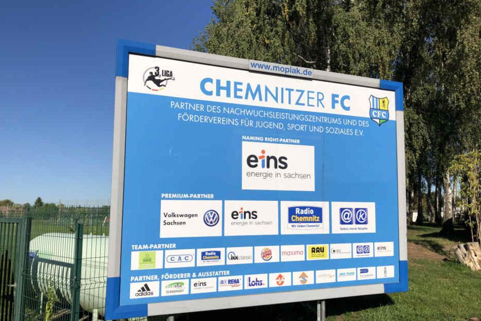 Über dem Nachwuchsleistungszentrum in Chemnitz ist der Himmel wieder blau. Insolvenzverwalter Klaus Siemon muss das gesperrte Konto wieder freigeben.