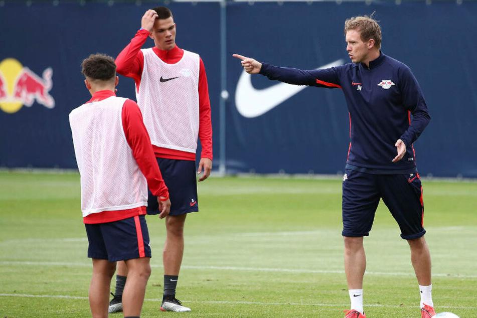 Neben wenigen Profis wird Coach Julian Nagelsmann zu Wochenbeginn vor allem A-Junioren auf dem Platz stehen haben.