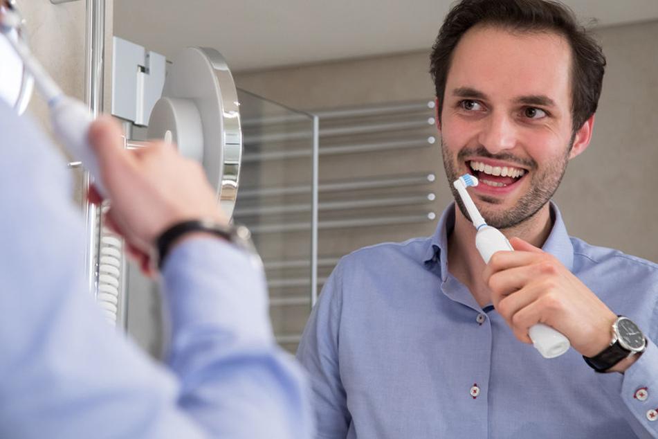 Diabetiker müssen besonders auf ihre Zahnpflege achten!