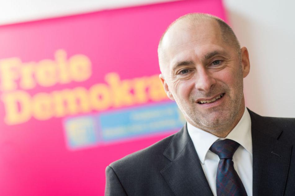 Der FDP-Spitzenkandidat meldete sich nach den aktuellen Umfrageergebnissen zu Wort.