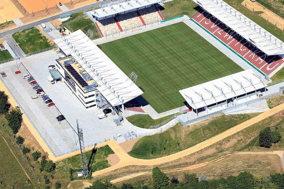 Das neue Zwickauer Stadion erlebt am Montag seine Premiere.Und die ist mit dem DFB-Pokalspiel gegen den Hamburger SV ein echtes Highlight.