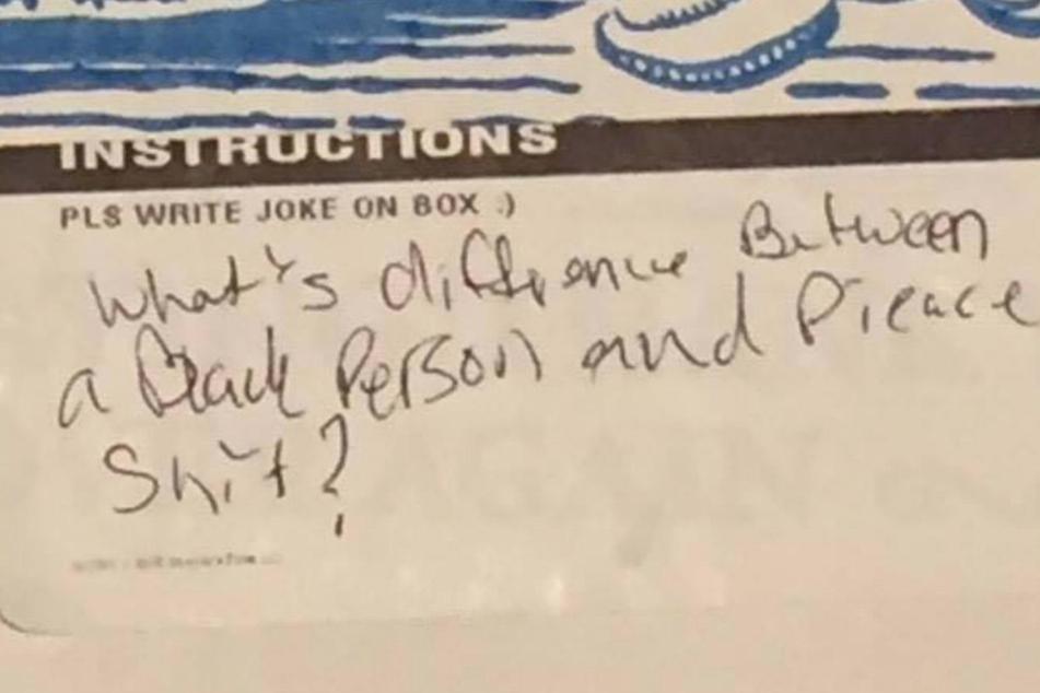 """""""Was ist der Unterschied zwischen einer schwarzen Person und einem Stück Scheiße?"""" Unglaublich, was der Pizzabote hier formuliert hat."""