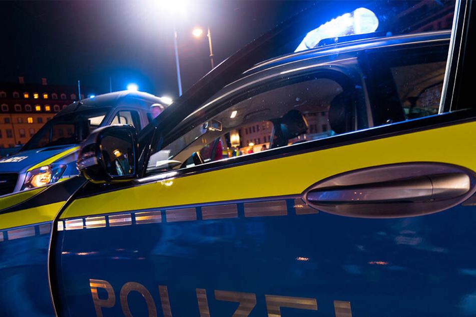 """Vor dem """"Gisela.Club"""" im Dresdner Stadtteil Löbtau sind zwei Polizisten von einem aggressiven Pärchen attackiert und verletzt worden."""