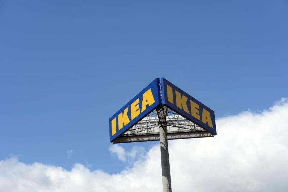 Das Glas aus dem der Schweizer trank, stammte aus IKEA.