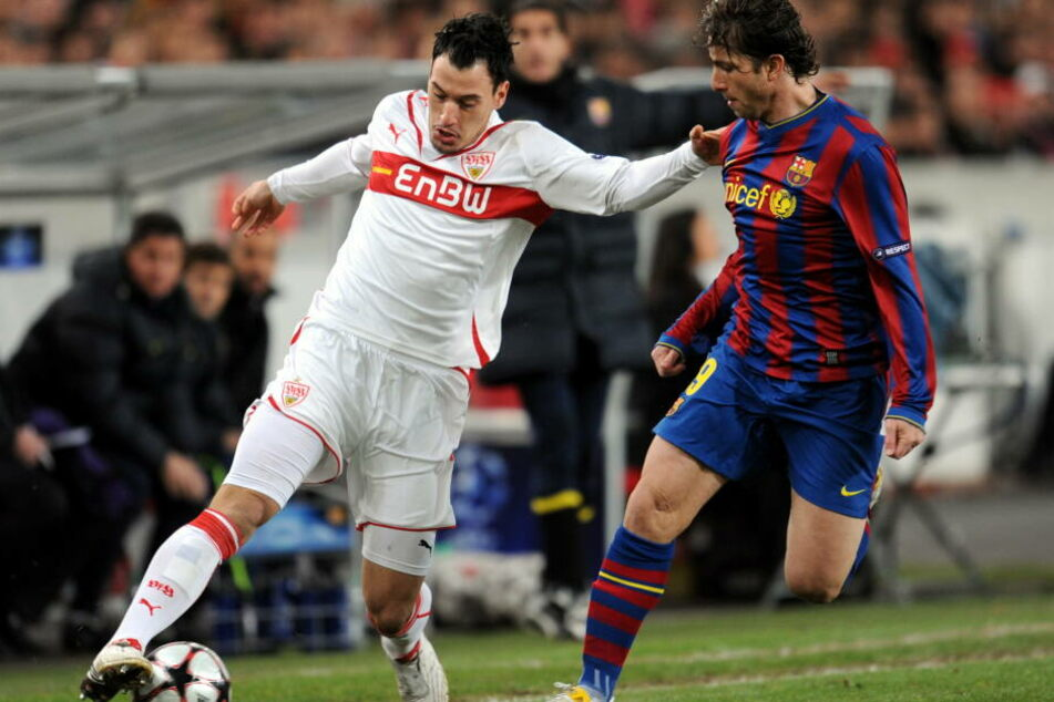 Timo Gebhart spielte für den VfB Stuttgart in der Champions League. Hier im Laufduell mit Maxwell vom FC Barcelona.