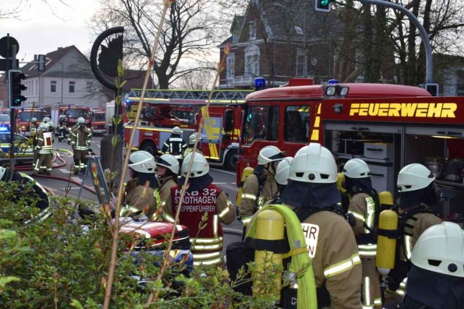 Zahlreiche Feuerwehrleute waren in der Altstadt im Einsatz.