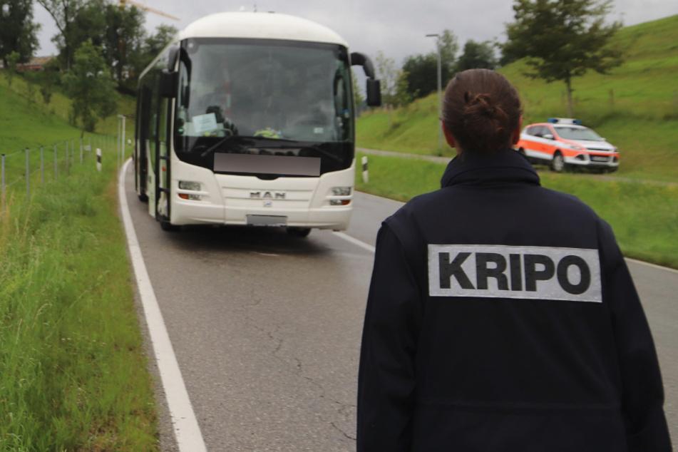 Frau in Linienbus brutal erstochen: So geht es nun nach der Horror-Bluttat weiter