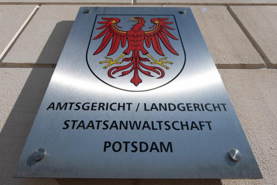 Am Dienstag gegen 10 Uhr will das Landgericht Potsdam ein Urteil gegen einen 37-Jährigen verkünden, der versucht haben soll, seine Frau durch einen Autounfall zu töten.