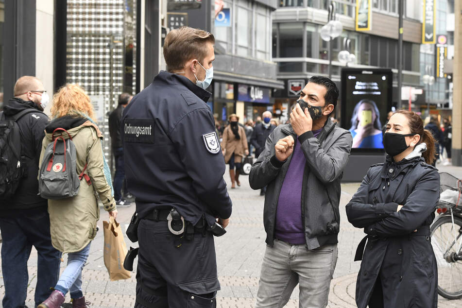 Corona-Kontrollen in Köln: Ordnungsamt und Polizei prüfen neue Regeln